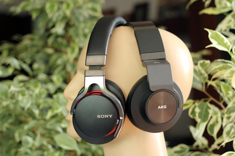 AKG K545 vs Sony MDR-1R (6)