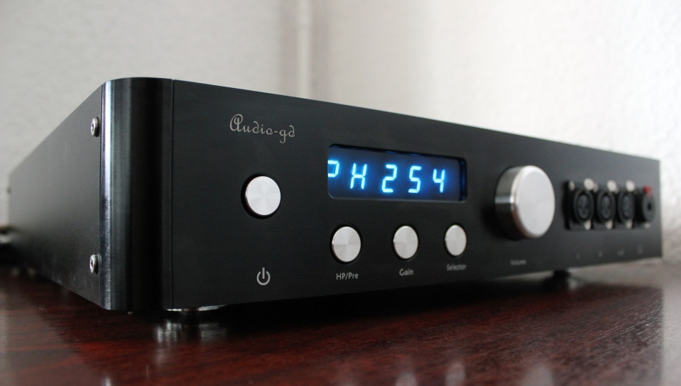 Audio-gd Master 9 – Review