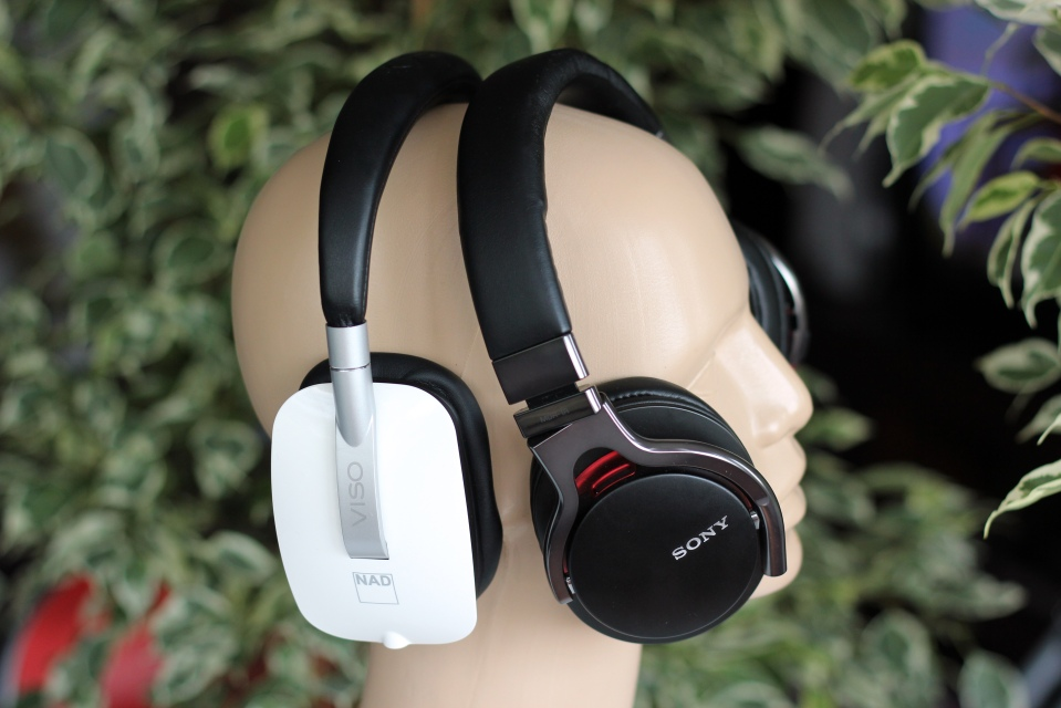 NAD VISO HP50 - Sony MDR-1R Review (30)