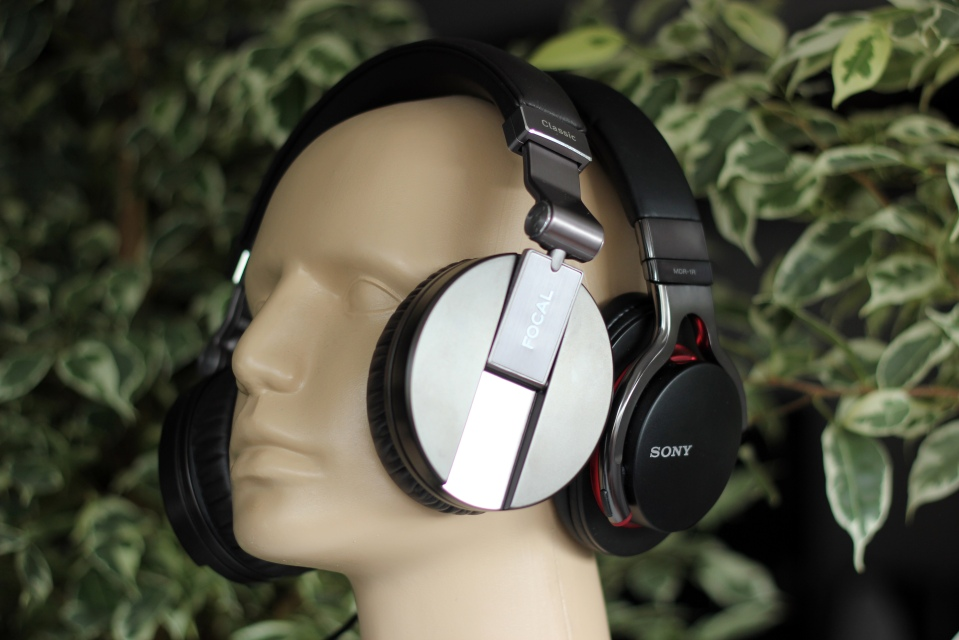Sony MDR-1R Review (5)