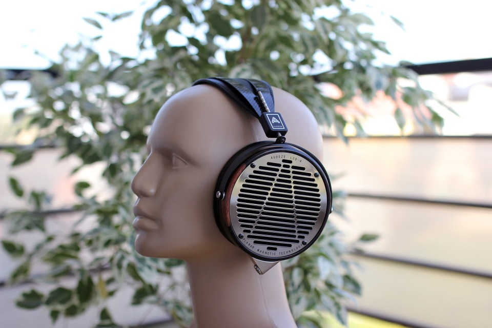 Audeze LCD-4 Review (1)