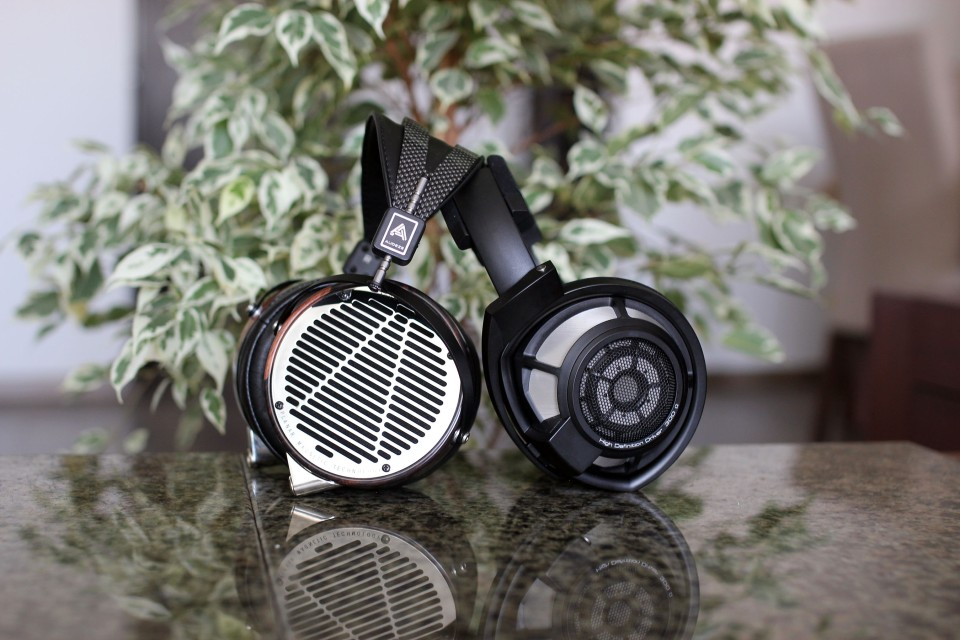 Audeze LCD-4 vs hd800s