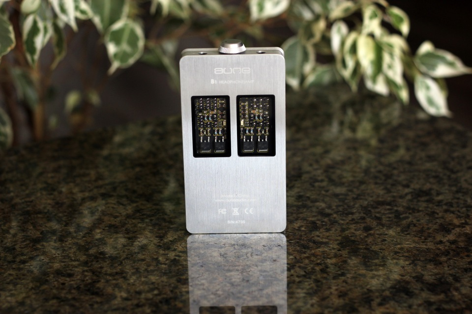 Aune B1 Portable Class A Headphone Amplifier Review (1)