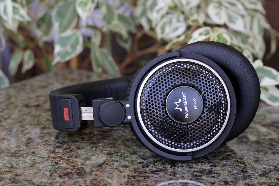 SoundMagic HP200 Headphones Review (19)