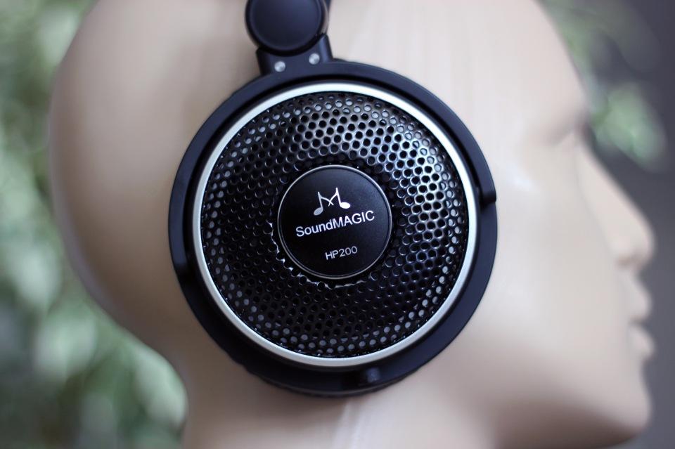 SoundMagic HP200 Headphones Review (3)