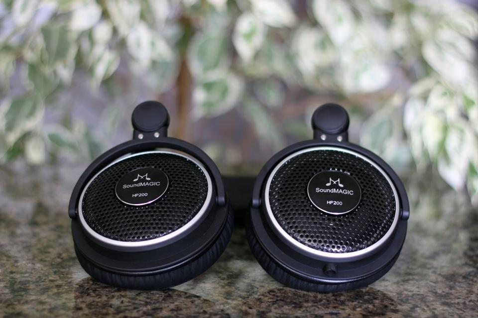 SoundMagic HP200 Headphones Review (6)