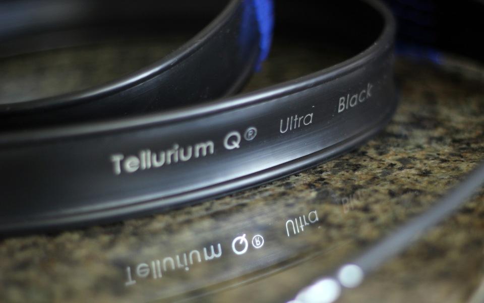 Tellerium Q Ultra Black Speaker Cables Review (12)