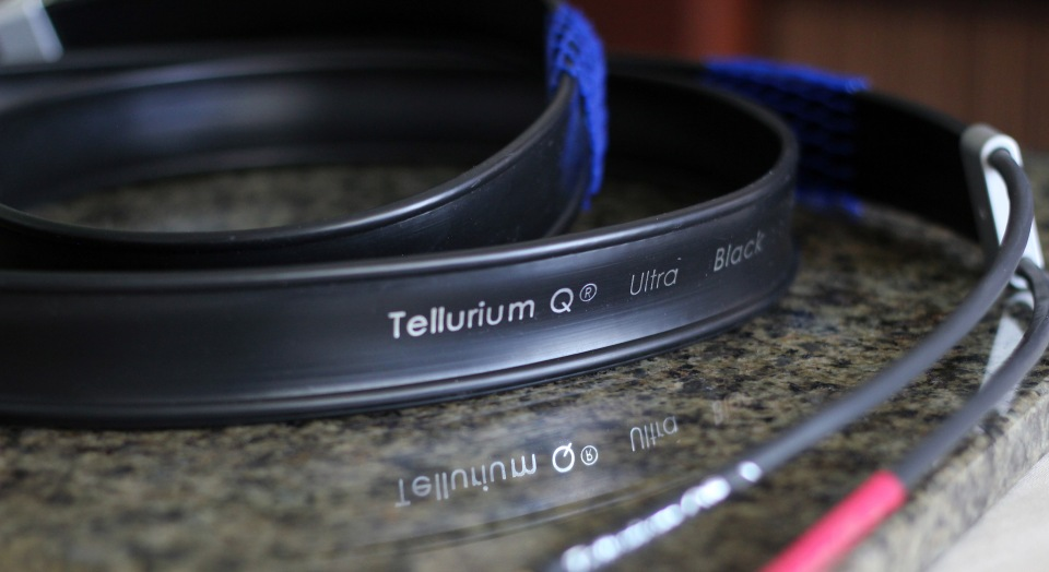 Tellerium Q Ultra Black Speaker Cables Review (7)