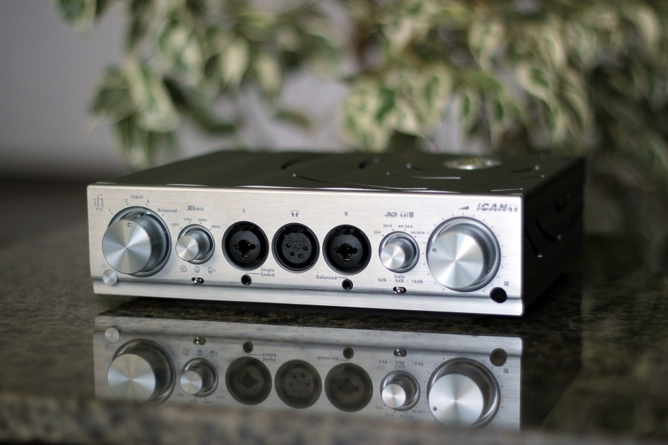 ifi-ican-pro-headphone-amplifier-review-2