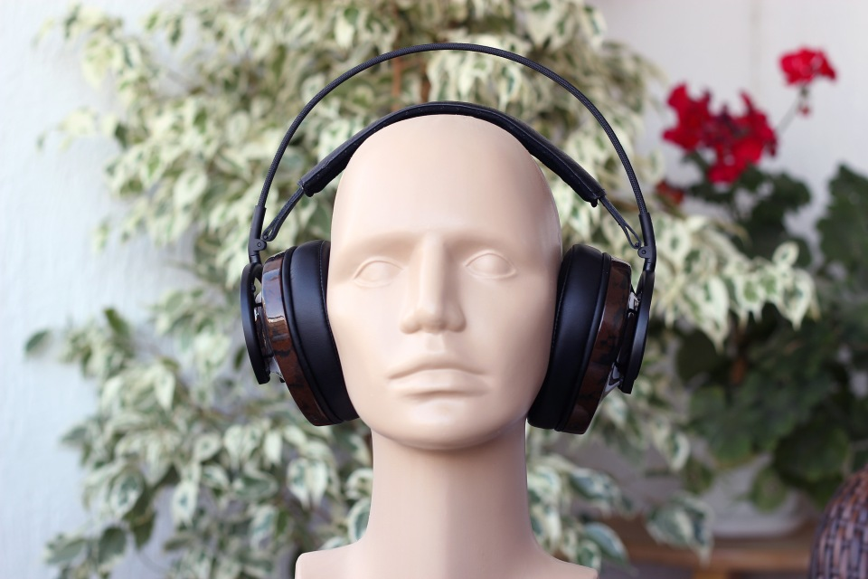 audioquest-nighthawk-headphones-review-1