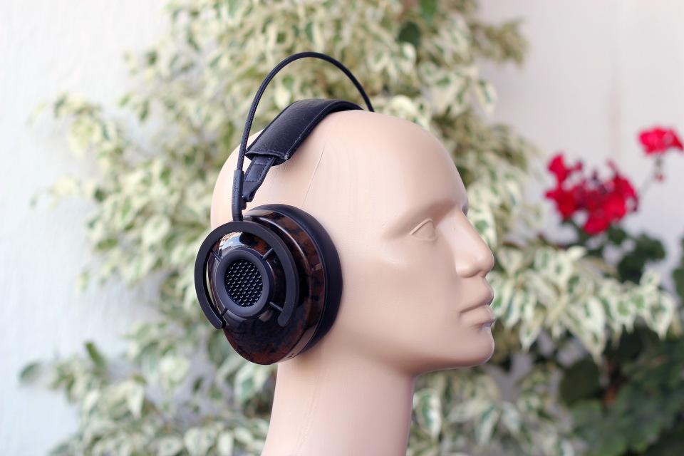 Audioquest nighthawk headphones review headmania audioquest nighthawk headphones review 3 ccuart Gallery
